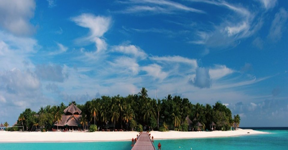 perfect paradise Beaches in general santos - philippines general santos city has a lot of beach sites in its area where you can dip your feet in, wade in, dive in, or snorkel at most have an abundance of live water species and soft coral beds.
