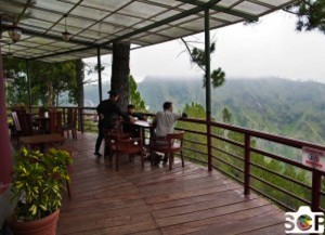 Simalem_Resort_Cafe_Overlooking_Lake_Toba-300x218