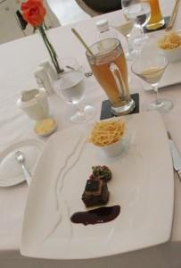 ARS-Beef tartar & foie gras